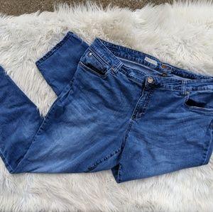 Kut from the Kloth boyfriend fit jeans